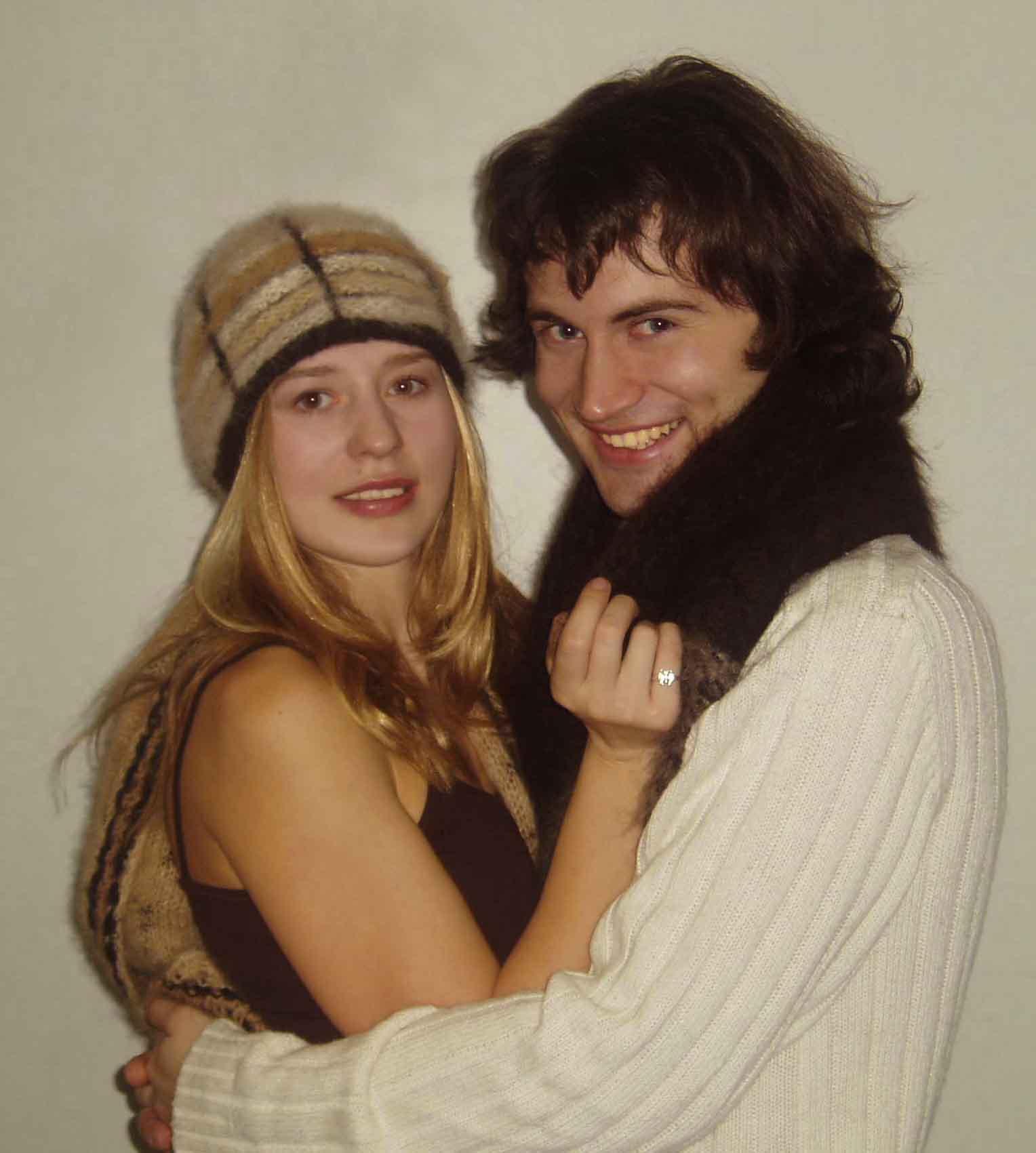 Шапочка ассорти и шарф из шерсти ньюфаундленда